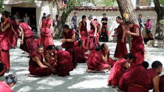 中 당국, 티베트 승려 추방 위해 연극 작전 펼쳐