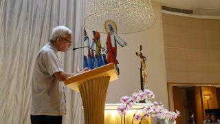 천르쥔 추기경이 9월 15일, 가르멜산 성모 마리아 성당(Our Lady of Mount Carmel Church)에서 홍콩을 위한 기도회를 이끄는 모습