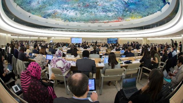 제네바에서 열린 유엔 인권위원회 모임