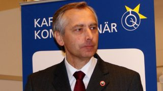 얀 피겔(Ján Figeľ, 1960~) 종교 자유 특사의 임기는 갱신되지 않았다.