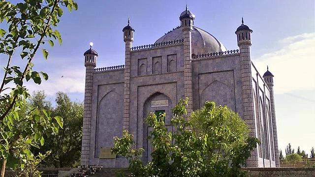 박물관으로 바뀐 술탄 사투크 부그라 칸(Satuq Bughra khan)의 마자르, 신장 아투스(阿圖什)시 소재